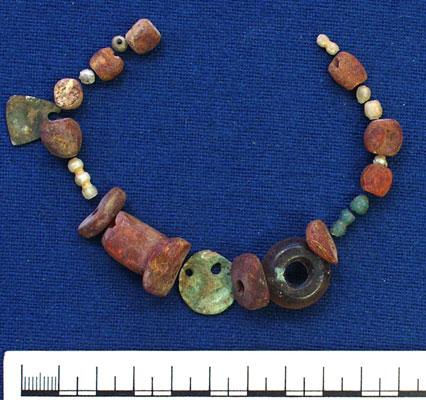 1934-210-beads-g78-abingdon